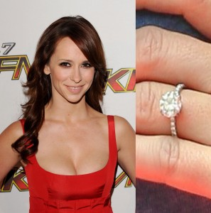 Jennifer Love Hewitt at KIIS FM Jingle Ball