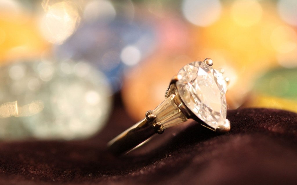 diamond_engagement_ring-srce